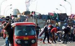 الصورة: «توك توك».. سيارات أجرة الفقراء على الخطوط الأمامية للاشتباكات
