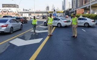 154 حادثاً مرورياً.. و«إسعاف دبي» تواجه الأمطار بخطة طارئة