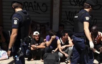 الصورة: لاجئ سوري يطالب بـ111 ألف دولار تعويضا بسبب مطاردة