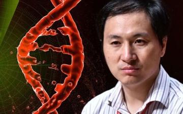 الصورة: السجن 3 سنوات لعالم صيني عدّل جينات طفلتين
