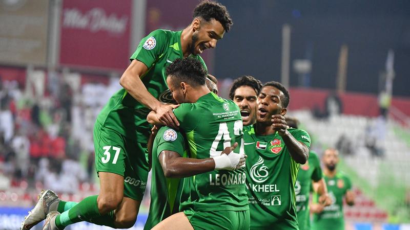 شباب الأهلي فاز على اتحاد كلباء 5-0 وتصدر دوري الخليج العربي. تصوير: أسامة أبوغانم