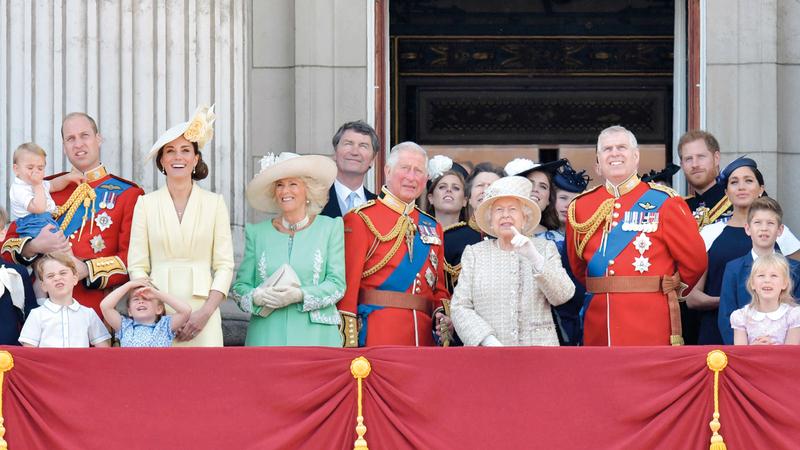 العائلة المالكة عاشت ظروفاً مماثلة في 1992. أرشيفية