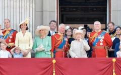الصورة: العائلة المالكة البريطانية واجهت الكثير من المتاعب في 2019