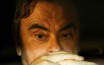 الصورة: كارلوس غصن.. هل هرب متنكراً عبر «بوابة تامايورا الممتازة»!