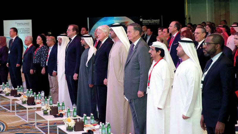 الدورة السنوية الرابعة لـ«منتدى الطاقة العالمي» انطلقت في أبوظبي أمس. تصوير: إريك أرازاس