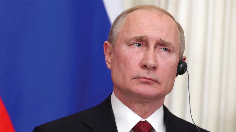 بوتين تحرك ليملأ الفراغ الذي تركته أميركا في سورية. أ.ب