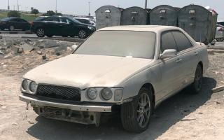 الصورة: بلدية دبي تعدِّل إجراءات إزالة المركبات المهملة