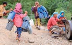 الصورة: إعادة أهالي «جبل النار» في المخاء إلى منازلهم بعد نزع الألغام الحوثية