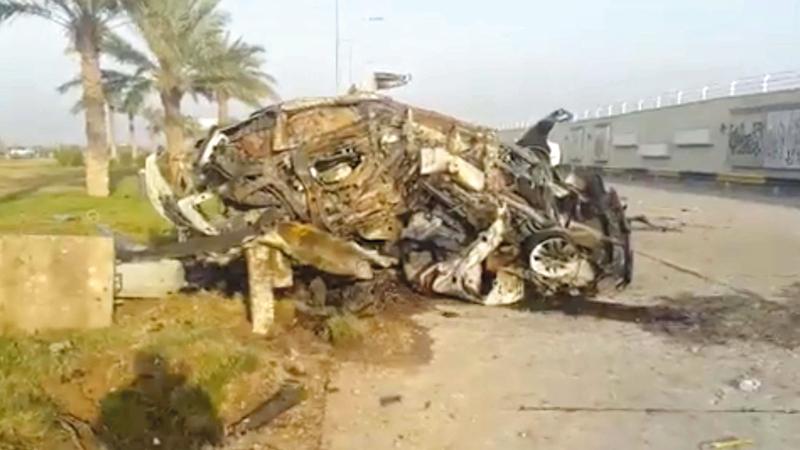 حطام السيارة التي كان يستقلها سليماني ومرافقيه.  رويترز