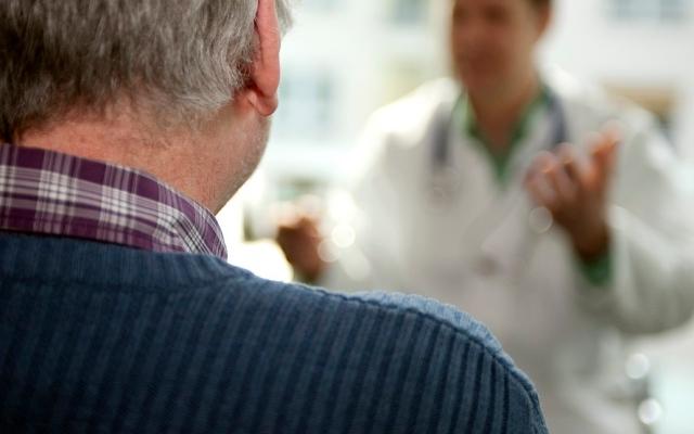 الصورة: تضخم «الصدر» لدى الرجال.. أسباب الزائف والحقيقي وطرق العلاج