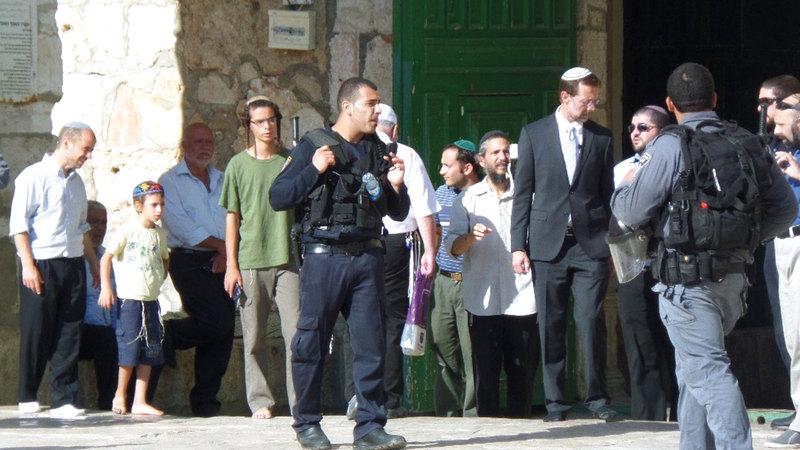 الاحتلال يعمل على تشريع وجود المستوطنين داخل المسجد الأقصى. أرشيفية