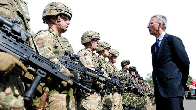 التوترات الأميركية مع أوروبا ليست جديدة فحرب العراق قسمت شركاء «الأطلسي» لكن تداعيات سابقة كان لها تأثير في السياسة. أرشيفية