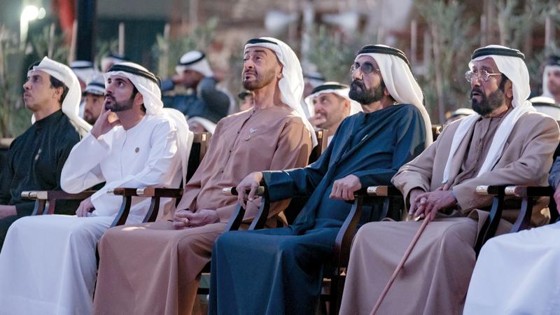محمد بن راشد ومحمد بن زايد استمعا إلى شرح حول ساحة الوصل. وام