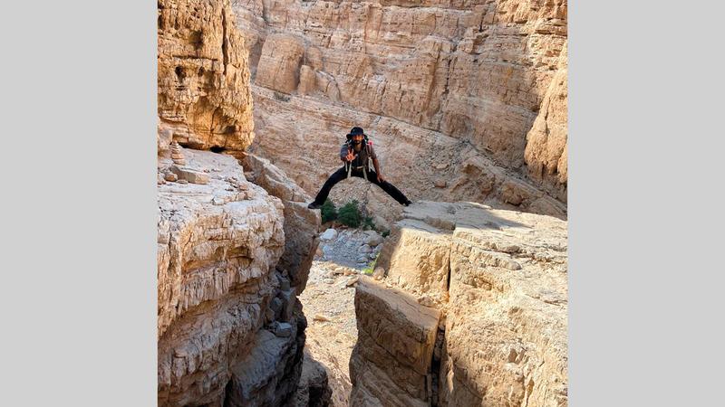 «هزاع فزاع» بين جبال رأس الخيمة.  من المصدر