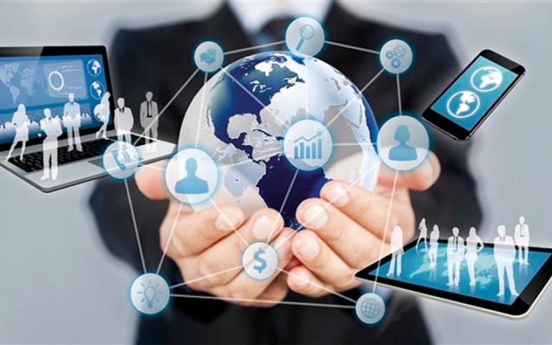 الصورة: «فيس بوك» يطرح خاصية للتحكم في البيانات ووقف الإعلانات