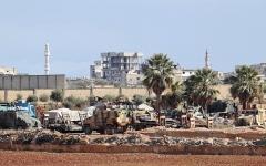 الصورة: تركيا ترسل تعزيزات عسكرية إلى إدلب السورية