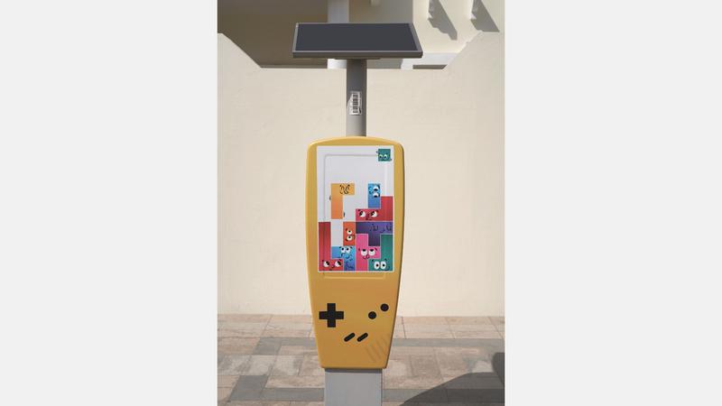 الفنانون ركّزوا في تصميماتهم على إبراز طبيعة دبي الجامعة لكل الثقافات. ■من المصدر