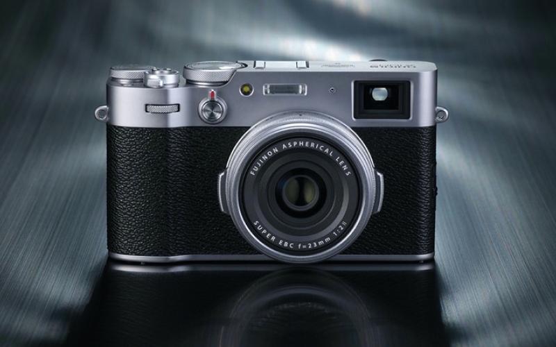 الصورة: «فوجي فيلم» تكشف عن كاميرا مدمجة جديدة