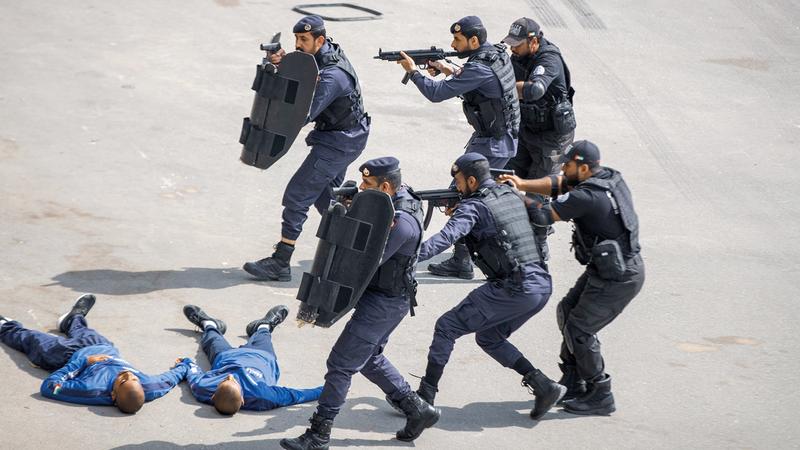 القوات الشرطية والأمنية تواصل تدريبات التمرين وفق الخطة المتوافق عليها. من المصدر