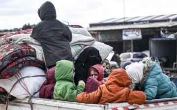 الصورة: بالصور.. أعداد النازحين في حلب وإدلب تخطت حاجز المليون
