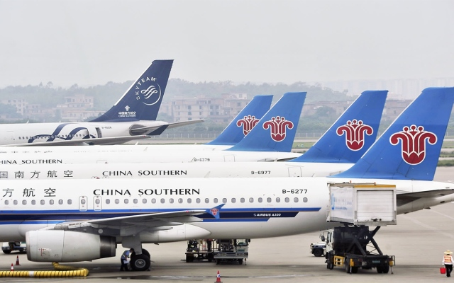 """الصورة: """"كورونا"""" تفقد الصين 22 مرتبة في قطاع النقل الجوي"""