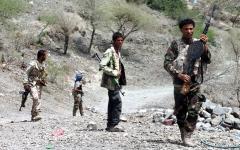 الصورة: الجيش اليمني يحرّر مواقع استراتيجية في جبهات الغيل والمصلوب