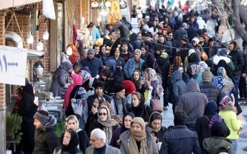 الصورة: وفاة إيرانيين بعد اكتشاف إصابتهما بفيروس كورونا الجديد