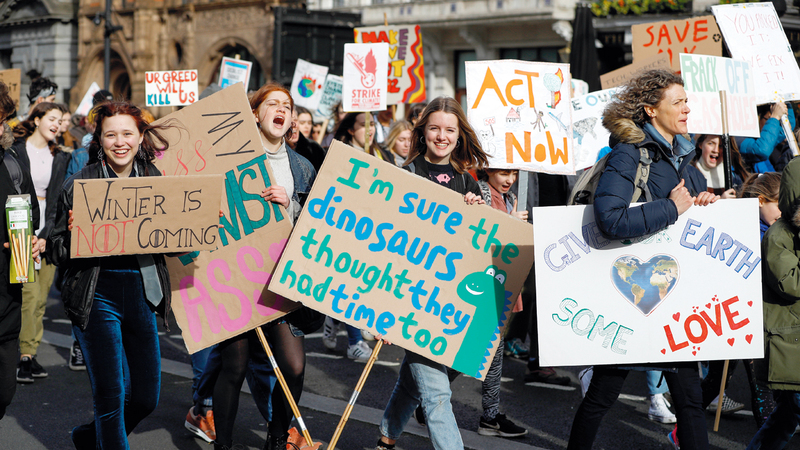 تظاهرة للأطفال في لندن ضد ارتفاع حرارة الجو.  رويترز