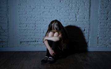 الصورة: طفلة تتعرض للاغتصاب اليومي لمدة عام كامل في أستراليا
