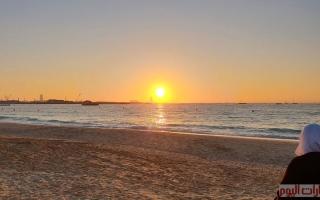 الصورة: بالصور والفيديو: آسر العيون والقلوب بجماله.. مشهد غروب الشمس