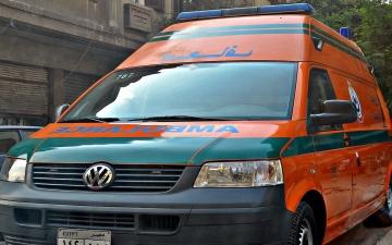 الصورة: سيارة تدهس فتاة أمام خطيبها قبيل زفافهما في مصر