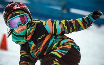 الصورة: طفلة روسية تحقق أرقاماً قياسية برياضة السنوبورد