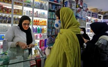 الصورة: إصابة نائب وزير الصحة الإيراني بفيروس كورونا