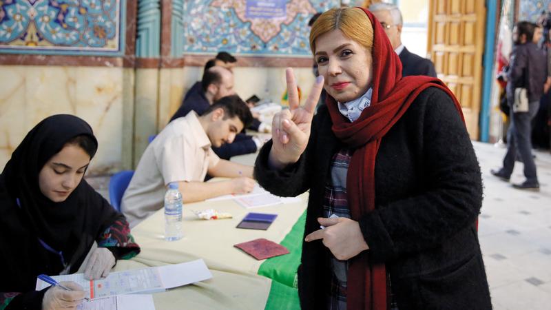 الانتخابات البرلمانية الإيرانية لم تشهد إقبالاً كبيراً.   إي.بي.إيه