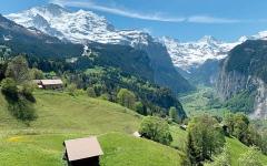 الصورة: إخلاء قرية سويسرية بسبب مستودع ذخيرة قديم