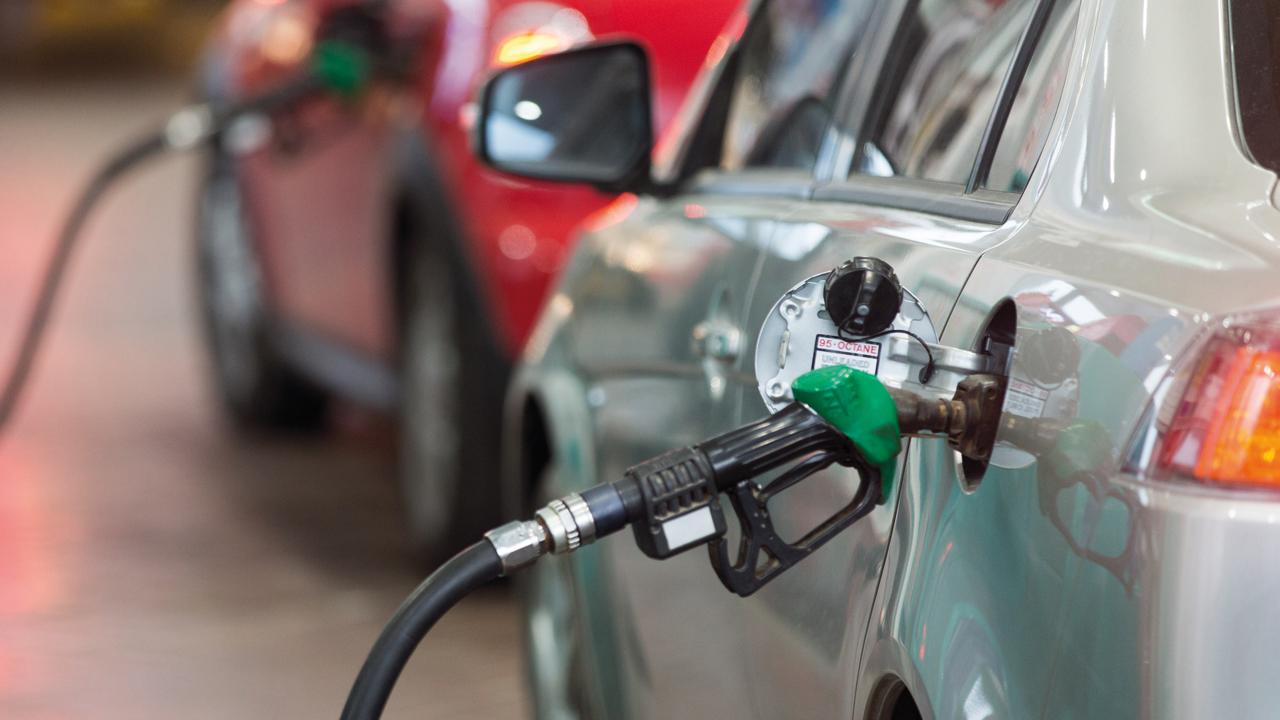 8 فلوس انخفاضاً في أسعار البنزين خلال مارس المقبل - اقتصاد ...