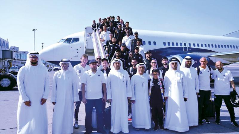 فريق الشارقة سافر بطائرة خاصة قبل أن تُؤجل المباراة. من المصدر