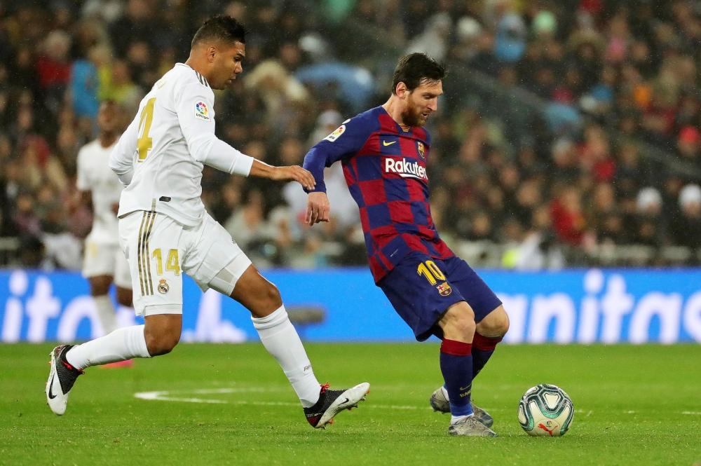 ميسي يقود هجوم برشلونة