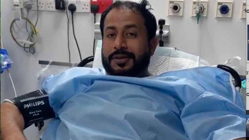 المحرزي بعد إسعافه ونجاته من الحادث الخطير. ■ من المصدر