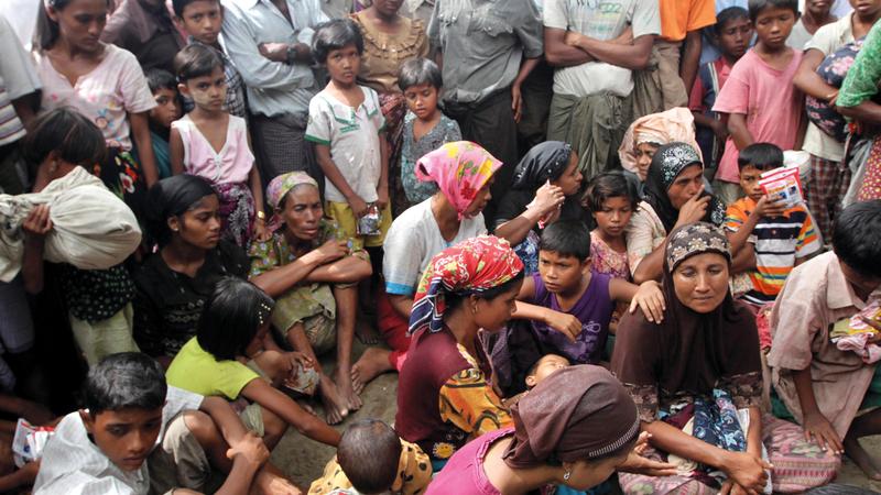 700 ألف من أقلية الروهينغا فرّوا من ديارهم خوفاً على حياتهم إلى بنغلاديش. أرشيفية