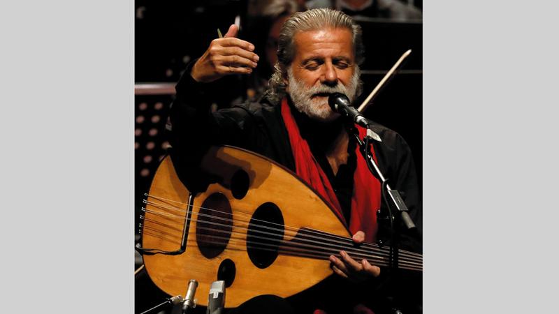 مارسيل خليفة: «نعود إلى مسرح المجاز في 13 مارس، وللمصادفة سيكون يوم ميلاد الشاعر محمود درويش».
