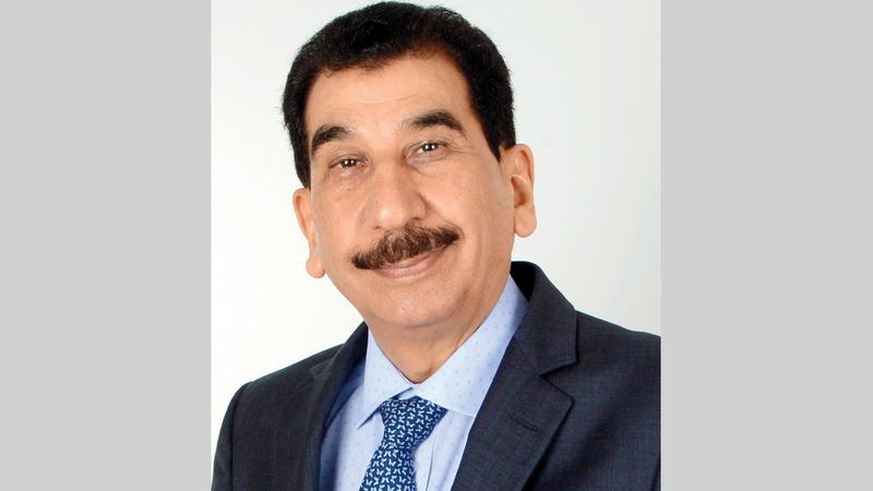 الدكتور أحمد العموش: «الأطباء الوهميون يستغلون الأزمات، لتحقيق الشهرة وزيادة المتابعين».