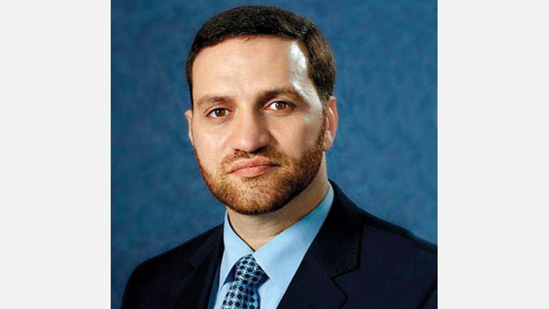 الدكتور حسام التتري: «عدد المصابين بالفيروس سيرتفع إلى مليار شخص بنهاية مايو».