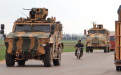 الصورة: مقتل 4 جنود سوريين ومُقاتل من المعارضة في اشتباكات إدلب