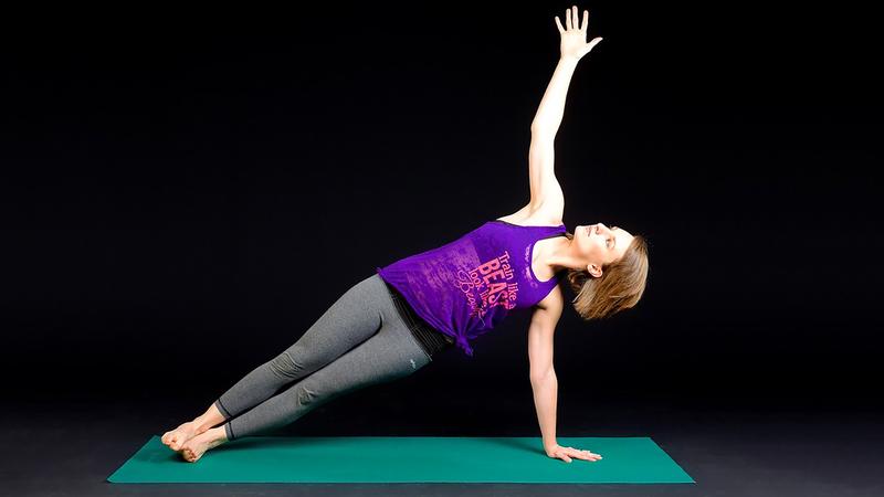 جانب من التمارين الرياضية الممكن ممارسها في المنزل. À من المصدر