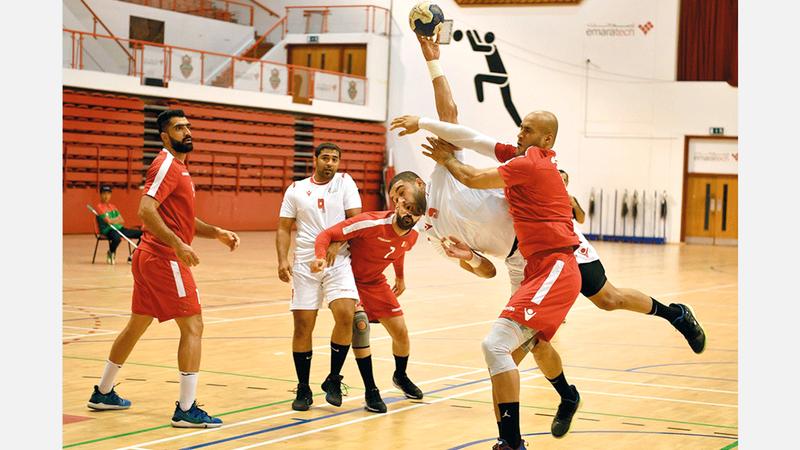 الألعاب الجماعية بعيداً عن كرة القدم تعاني من قلة الإمكانات. من المصدر
