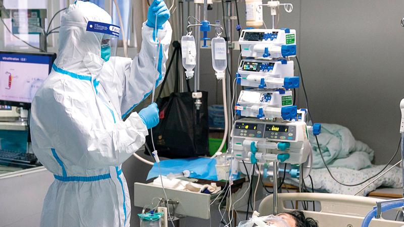 أول إصابة بفيروس كورونا في برشلونة ترقد بأحد المستشفيات. أرشيفية