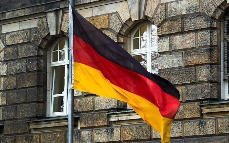 """الصورة: بالفيديو.. موقف رائع من الألمان للتعامل مع """"كورونا"""""""