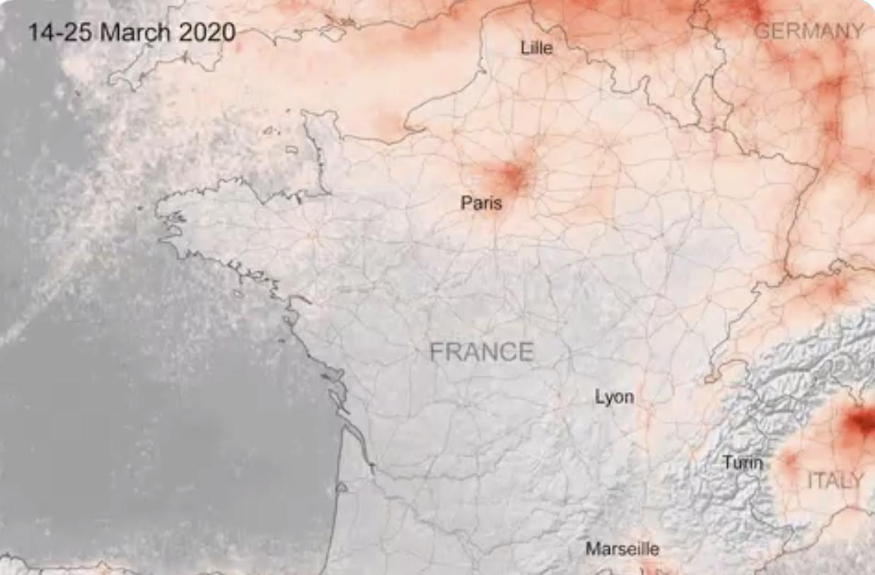 درجة التلوث في شمال إيطاليا وأوروبا في نفس الفترة 2020