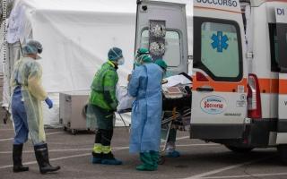 """الصورة: لليوم الثاني على التوالي.. انخفاض بعدد وفيات """"كورونا"""" في إيطاليا"""